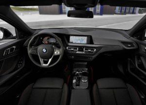 صور سيارة بي ام دبليو 2020 من الداخل