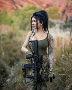 رمزيات بنات بالباس العسكري2020 صور بنات مقاتلات نجوم سورية